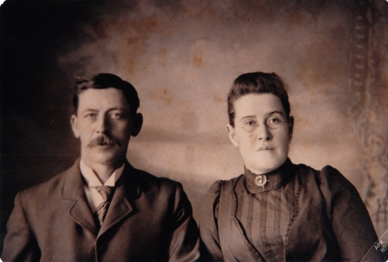 Phillip and Mabel Hill